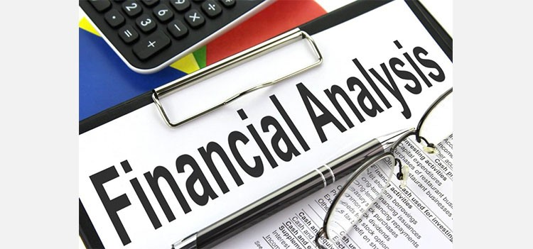 All about BBA Financial Analysis Course